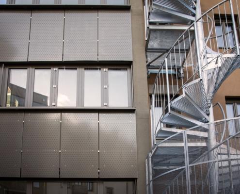 Fensterverkleidung aus 3,0 mm AlMg3 - Standardlochung RV 10-60 -