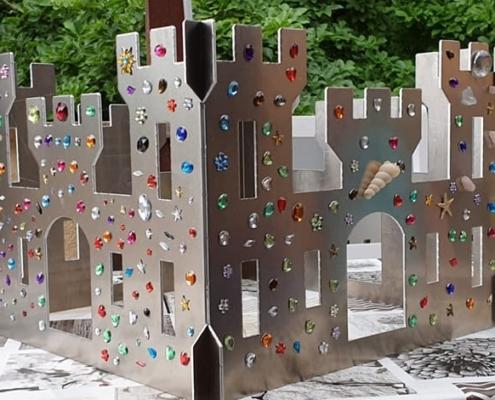 Schloss aus 2 mm Aluminium