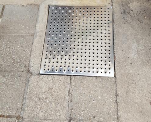 Sicherheitstrittstufe aus 3,0 mm Aluminium (AlMg3)